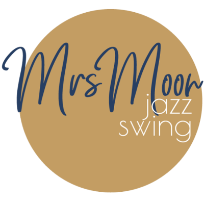 Mrs Moon – jazz and swing singer